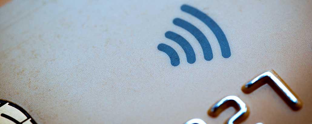 NFC Symbol auf Geldkarte
